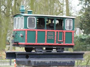 De locomotief van de Gooische Stoomtram